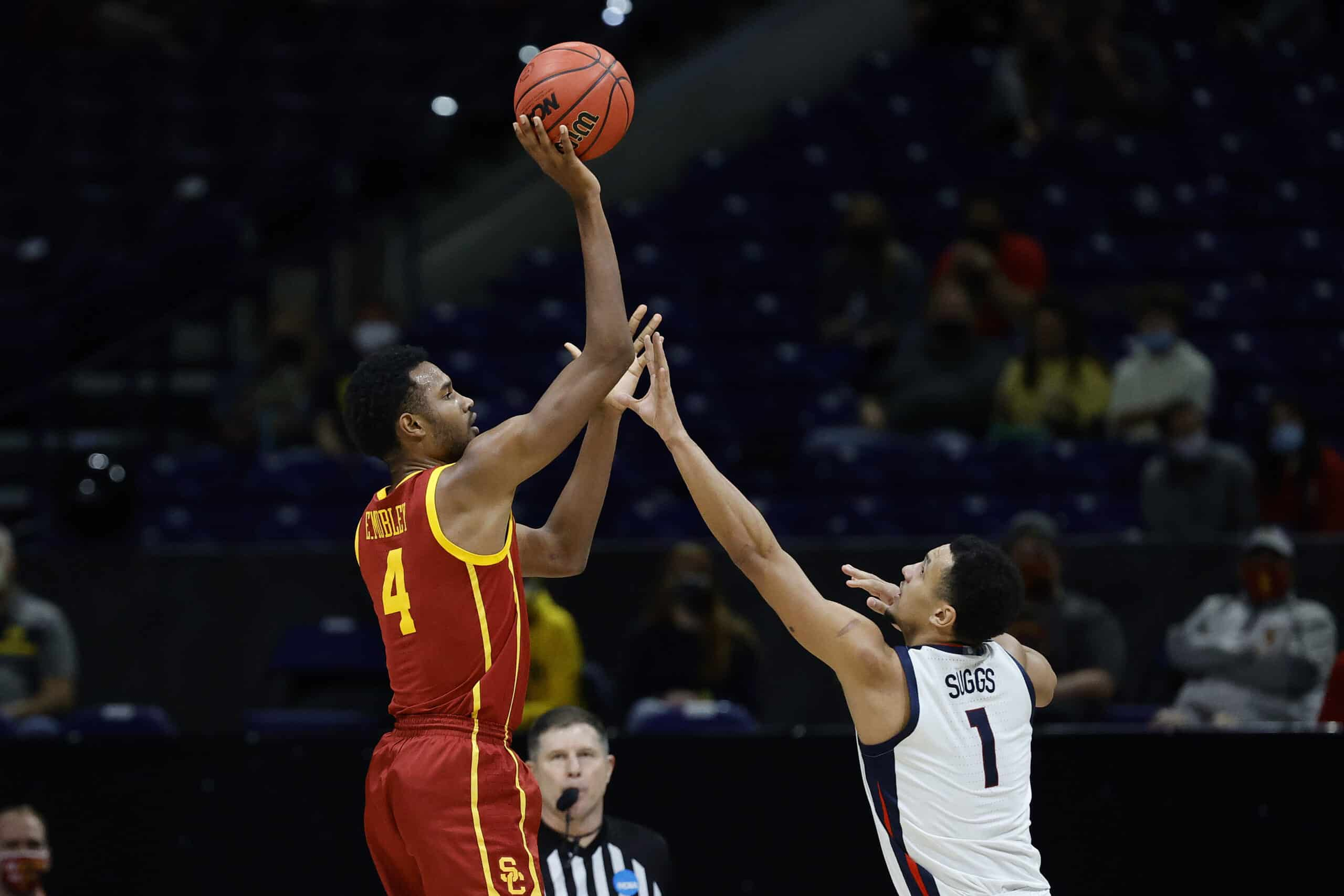 Cavaliers draft target Evan Mobley #4 of the USC Trojans shoots the ball against Jalen Suggs #1 of the Gonzaga Bulldogs during the second half in the Elite Eight round game of the 2021 NCAA Men's Basketball Tournament at Lucas Oil Stadium on March 30, 2021 in Indianapolis, Indiana.